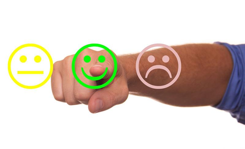 Izboljšanje-uporabniške-izkušnje-strank-pri-poslovanju-z-vami