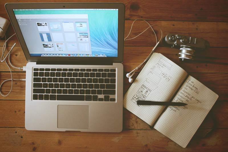 Spletna-stran-podjetja-je-središče-vašega-oglaševanja